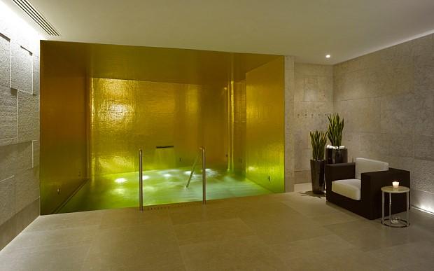 מלון בולגרי, לונדון